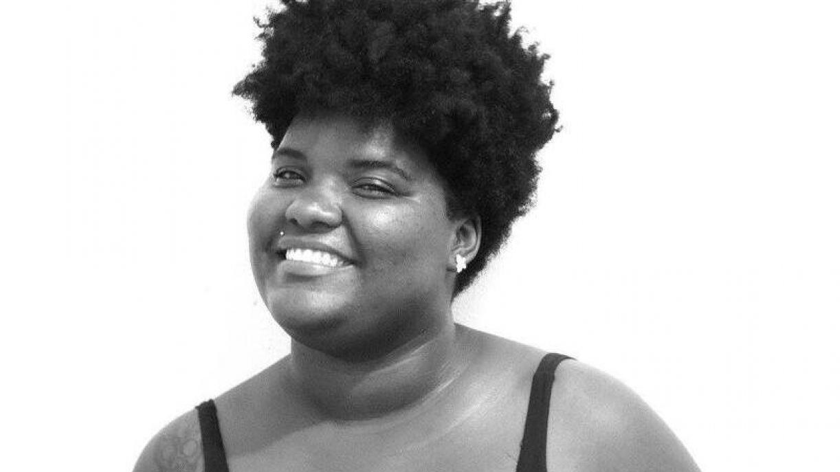 A poeta pernambucana Joy Thamires