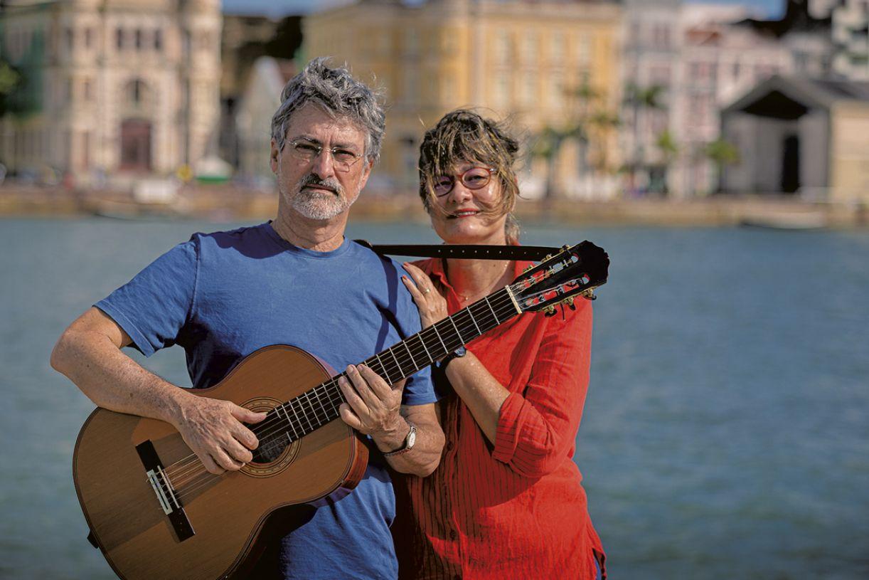 Múcio Callou e Sandra Arraes, produtora, diretora e roteirista do videoclipe