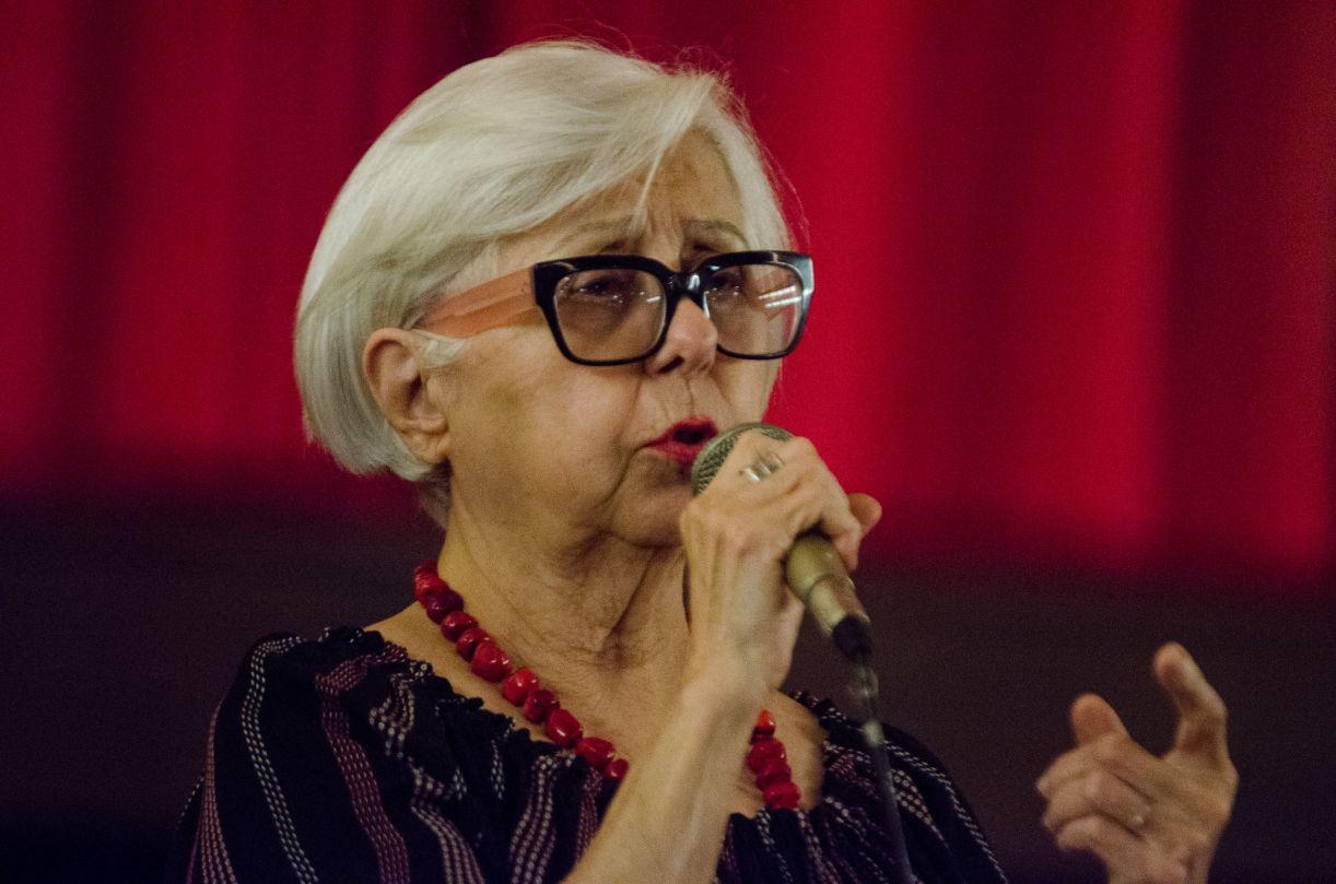 Leda Alves no Cinema São Luiz, no lançamento do filme 'Lua nova do penar' (2016)