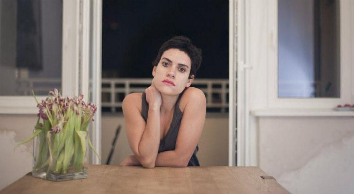 Adelaide Ivánova acaba de lançar seu quinto livro de poesia, escrito na Alemanha, onde mora desde 2011