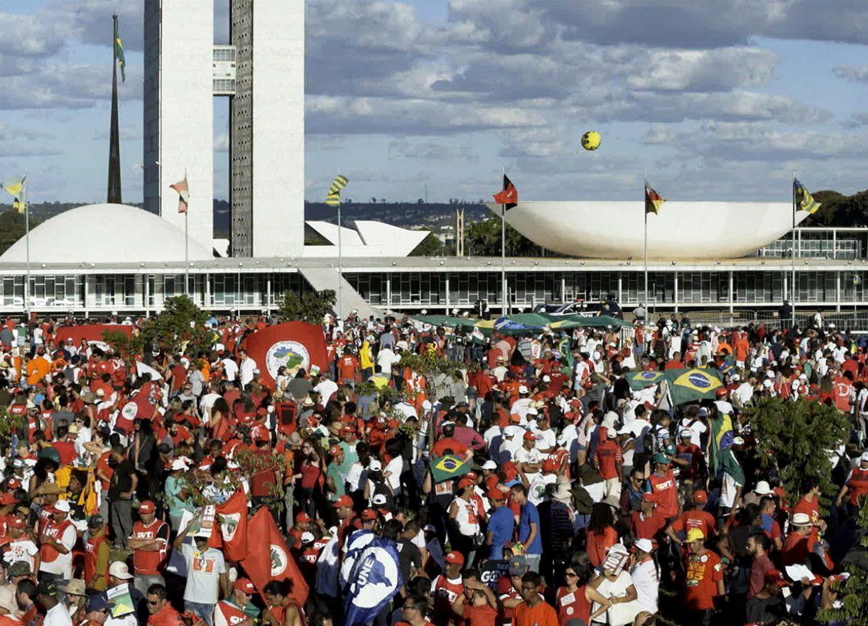 Em 'O processo', a diretora Maria Augusta Ramos remonta o rito do julgamento de Dilma Rousseff