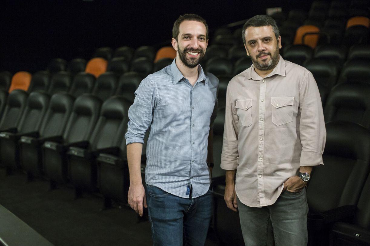 Os diretores do filme sobre Torquato Neto, Eduardo Ades e Marcus Fernando