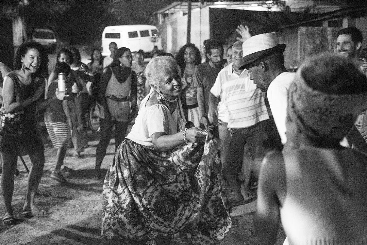 Sambada da Laia, onde acontece o coco do mestre Zé Negão, no Canto das Memórias, em Camaragibe