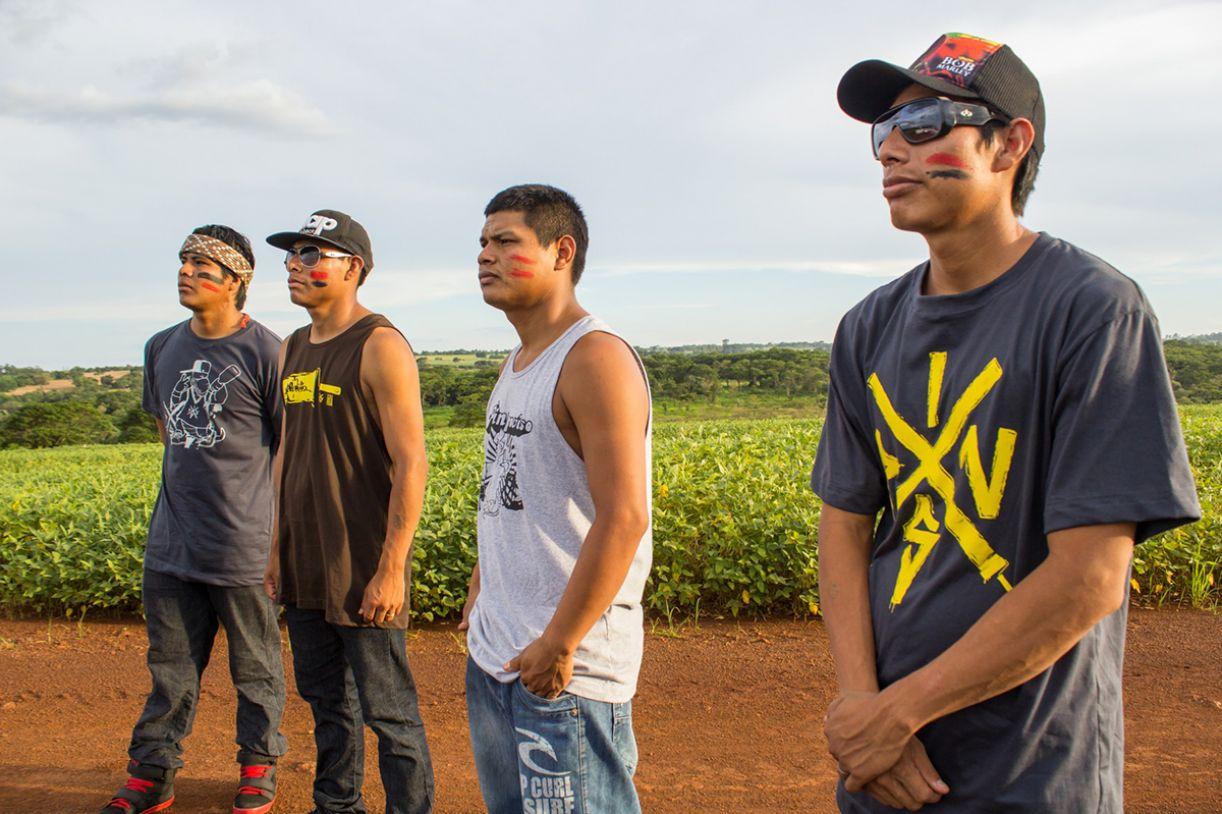 O grupo Brô MCs, que reúne indígenas Guaranis Kaiowá, está na mesma noite do show de Criolo (SP)