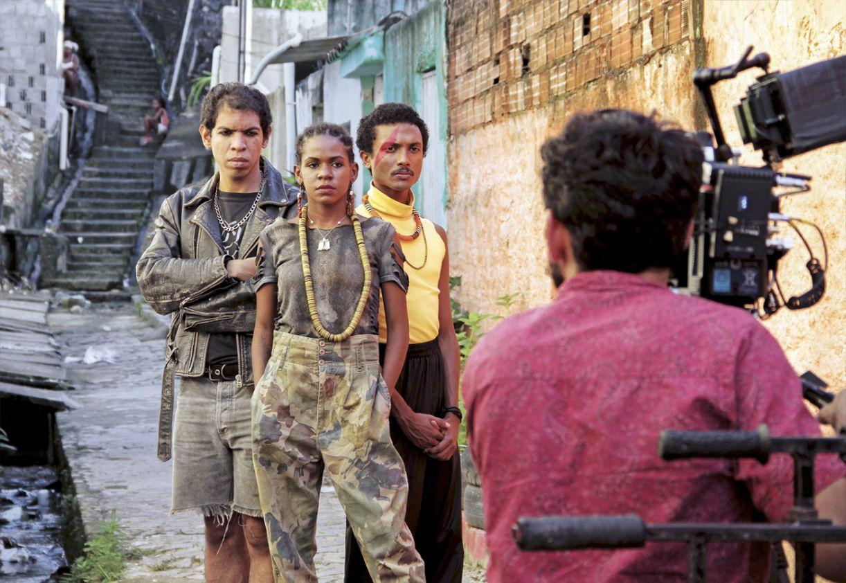 O seriado 'Lama dos dias' é composto por sete episódios e tem direção de Hilton Lacerda e Helder Aragão