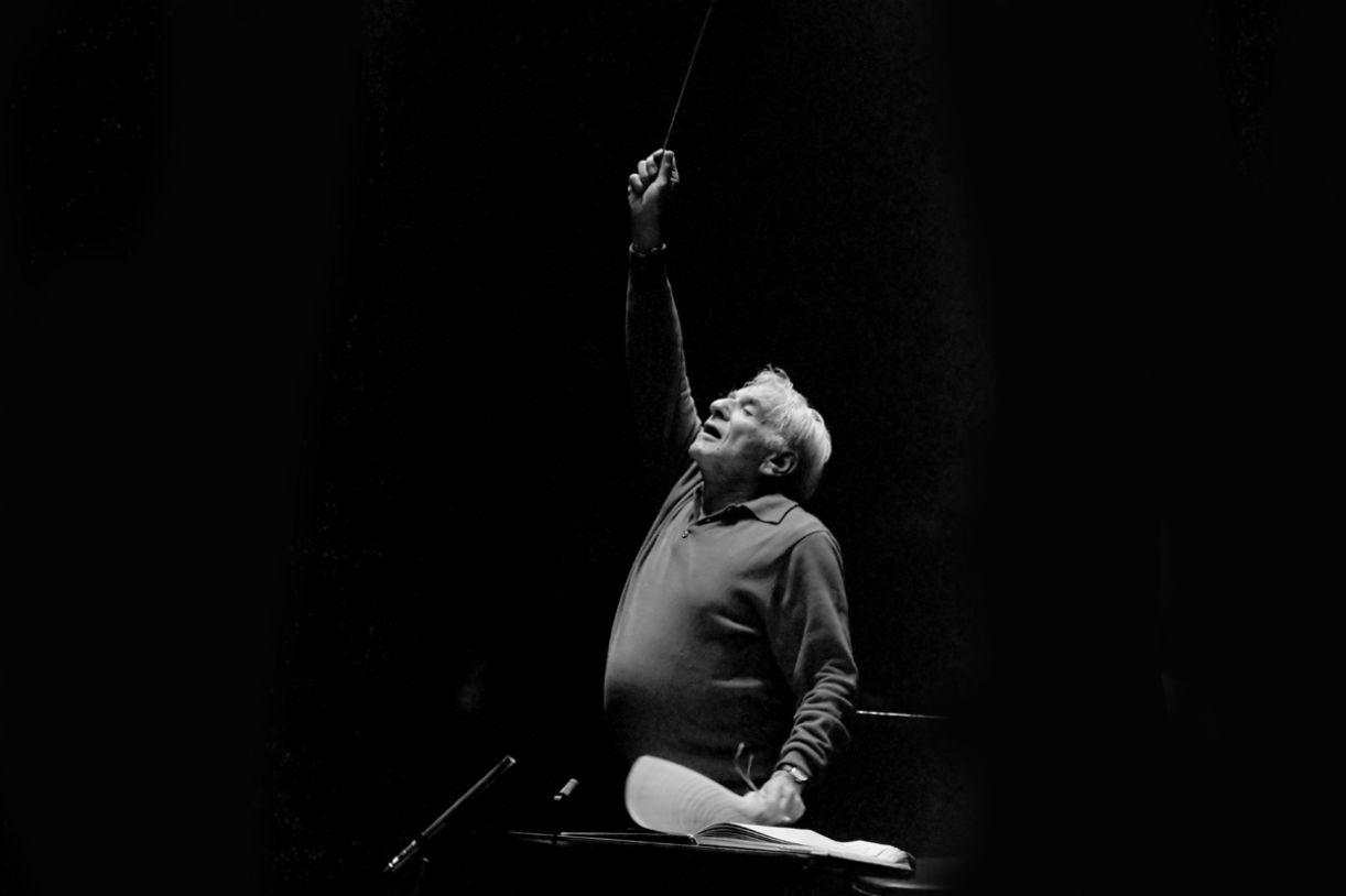 Leonard Bernstein, um dos mais importantes compositores e regentes do século XX