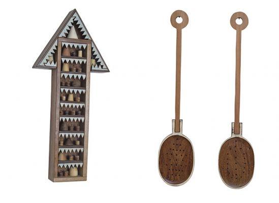 Os pequenos objetos em madeira rememoram vivências da infância. Imagem: Reprodução