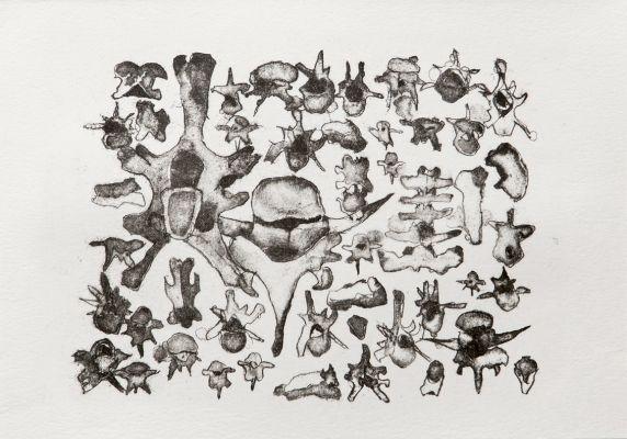 'Trabalho figurativo' de 2016 remete a objetos arqueológicos