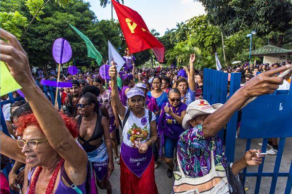 8M, Recife. Saída da marcha. Parque 13 de Maio. Foto: Ana Lira
