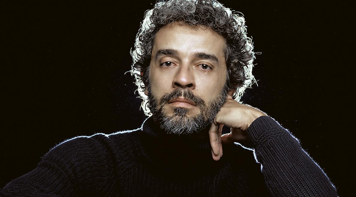 Ator e dramaturgo Paulo Azevedo
